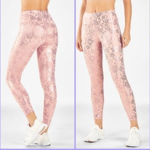 Fabletics 3xl high waisted printed pureluxe 7/8